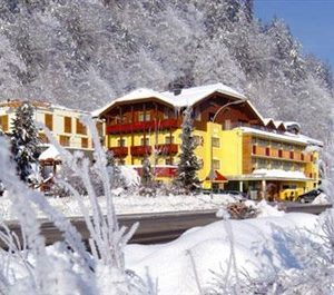 hotel-badhaus-400-x-265